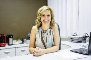 A atual diretora, Maiberte Brogliato