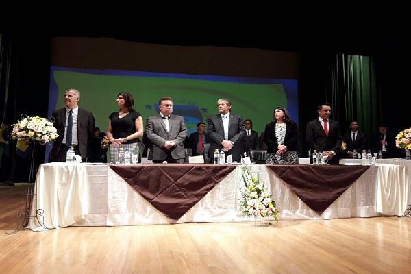 Rubão Fernandes, de Ribeirão Pires; Marilza de Oliveira; o prefeito Gabriel Maranhão; João Mineiro, presidente da Câmara de Rio Grande; Helenice Arruda; e Rato Teixeira, também de Ribeirão