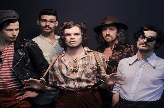 Mustache e Os Apaches Paranapiacaba