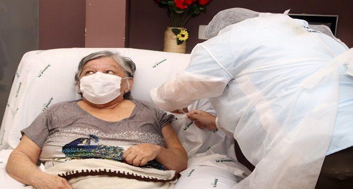 Vacinação idosos - Foto - Helber Aggio_PSA (5)